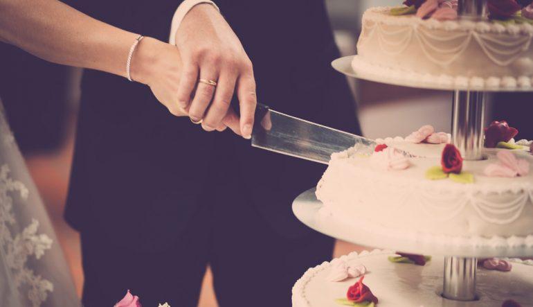Tips / Συμβουλες για την γαμήλια τούρτα